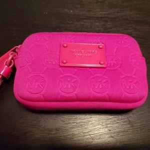 Michael Kors Pink Wallett